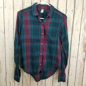 Mudd Women Plaid Turquoise Maroon Button Down